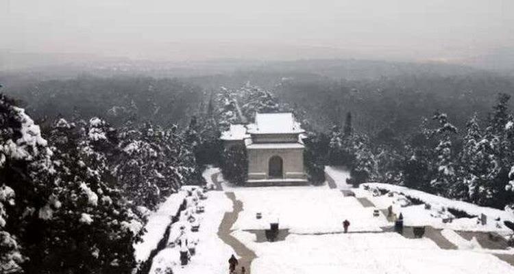 《望雪兮》— 杨易德丙申年己亥月庚戌日